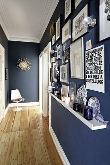 i niebieski :)