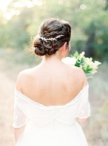 40 najmodniejszych fryzur ślubnych z warkoczem