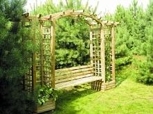 Montaż drewnianej pergoli