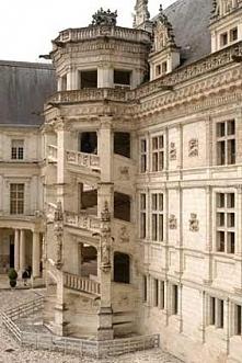 zamek w Blois - klatka schodowa