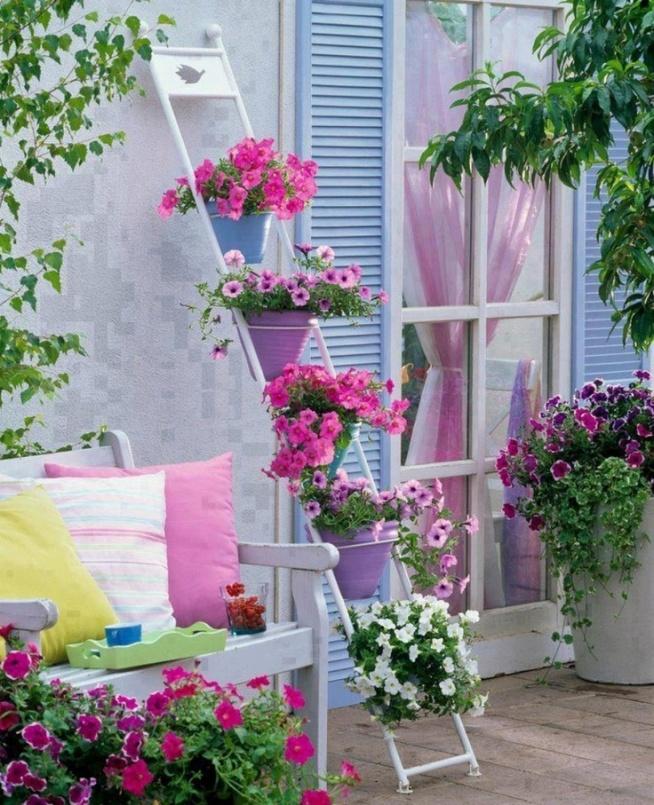 Kliknij i zobacz więcej balkonowych inspiracji