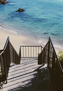 zejście na plaże ..