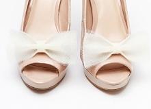 Klipsy do butów Ballerina's Bow - Ecru  Dostępne w butiku internetowym Madame Allure.   >>> link w komentarzu <<<