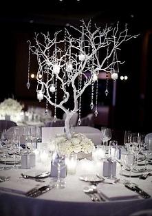 pomysłowy świecznik w sam raz na wesele