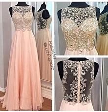 Poszukuję takiej sukienki lub podobnej :) Może wywiecie gdzie taką znaleźć?