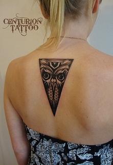 sowa tatuaż