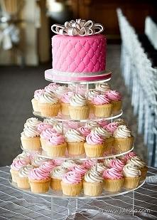 Piękny mini - tort i babeczki <3