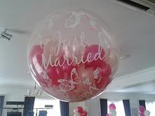balon strzelający małymi balonikami, konfetti, płatkami róż itp, ciekawa spra...