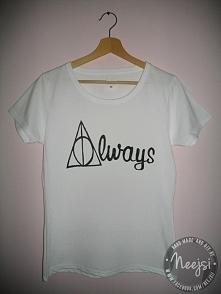 Ręcznie malowana koszulka w bardzo dobrej cenie! Wiele dostępnych wzorów lub ...