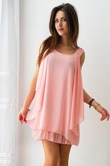 Na naszym FB pobierz rabat na zakupy! Kliknij w zdjęcie by przejść do sklepu. Szyfonowa, różowa sukienka.