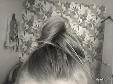 Mega wygodna i stylowa fryzura.