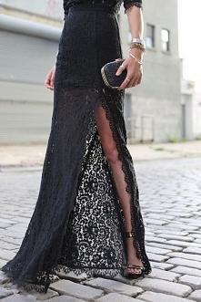 Czarna koronka. Piękna