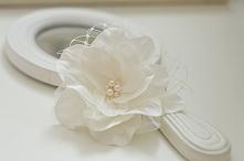 Kwiat ślubny do włosów - subtelna, kobieca ozdoba!  Do kupienia w sklepie onl...