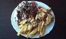 Dzisiejszy obiad: pieczone frytki z 3 ziemniaków, w oliwie z oliwek z bazylią...
