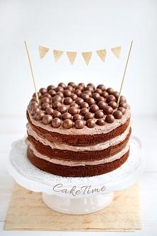 tort czekoladowy z maltesers