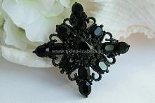 Czarna broszka z kryształami
