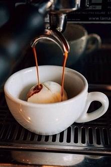 how to make affogato coffee:)