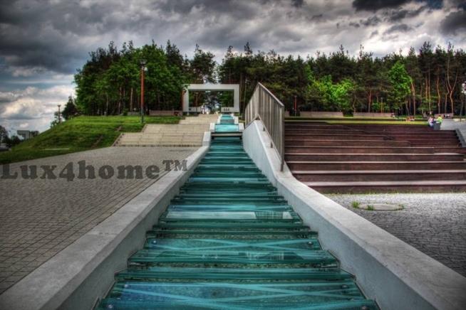 """Są w Polsce miejsca, które są piękne... W miejscowości #Mielec powstał #park zaprojektowany przez """"APA PETER PAN"""" który ma imitację potoku z wykorzystaniem: #otoczaki Taipei Green od #Lux4home™. Całość wygląda mniej więcej tak..."""