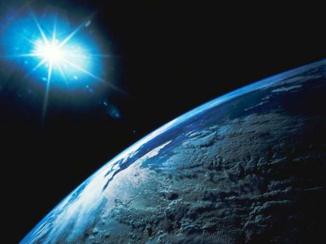 Ziemia Planeta Ludzi Widok Z Orbity Okołoziemskiej Na Odkrywcy