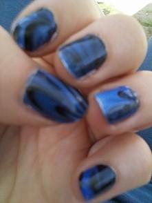 paznokcie robione na wodzie... dzieło Kasi :-D