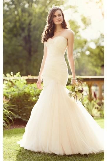 Essense of Australia Whimsical Wedding Dresses Style D1789