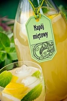 Orzeźwiający napój miętowy ...