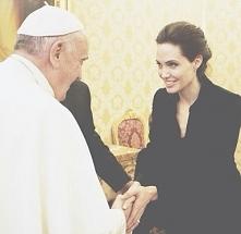 Angelina Jolie i Papież Franciszek :)