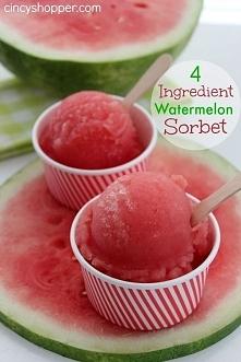sorbet arbuzowy-  1 szklankę cukru rozpuścić w 1 szklance wody (podgrzewając)...