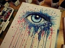 Oko farbami.
