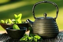 Działanie herbaty:  - zielona:  napar z pierwszego parzenia działa pobudzając...