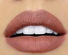 piękny kolor,usta idealne :)