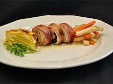 Kurczak nadziewany kaszą kus kus z paluszkami warzywnymi ;D