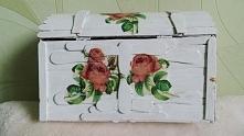 Szkatułka z różami (tył)