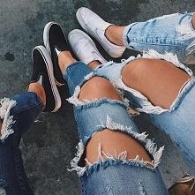 Kto lubi jeansy z dziurami?
