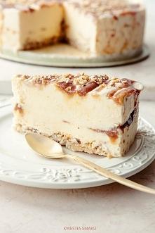 Tort lodowy jogurtowo-karmelowy Przygotowanie: LODY JOGURTOWE: Jogurt wyłożyć...
