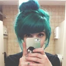 Ja chcę już od dawna na ten kolor pofarbować, lecz boję się ostrego zniszczenia włosów :(