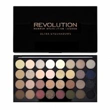 Kolejną nowością są kosmetyki kolorowe marki Revolution: zestawy cieni do pow...