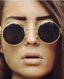 okrągłe okulary ;) komu się podobają ?