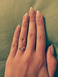 Jaki jest wasz ulubiony kształt paznokcia? Ja uwielbiam zaostrzone migdałki
