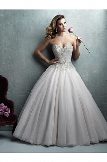 Allure Bridals Wedding Dress C323