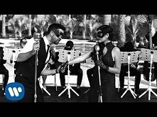 "Maite Perroni - ""Todo Lo Que Soy ft. Alex Ubago"" (Video Ofi..."