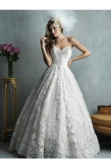 Allure Bridals Wedding Dress C328
