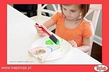 Udekoruj rączkę – możesz pomalować ją farbą lub markerami oraz przykleić inne...