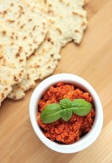 Czerwona soczewica w sosie pomidorowym z papryką wędzoną - bez glutenu, bez l...