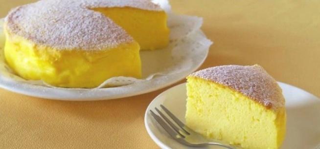 Wzięła trzy składniki i zrobiła z nich niesamowite ciasto sernikowe. Zobacz przepis!