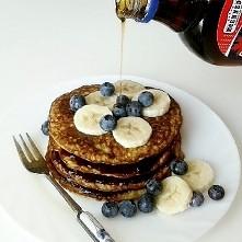 owsiano-bananowe pancakes / przepis na moim ig:@zdrowie_na_talerzu. zapraszam :)