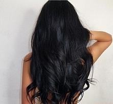 DARK.LONG.HAIR