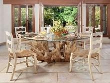 piękny stół z korzenia