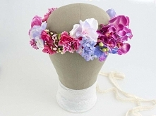 Kwiatowy wianek ślubny, ręcznie wykonany z tekstylnych kwiatów. Odcienie: ama...