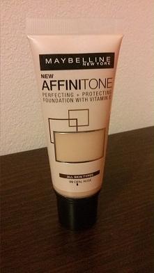 Maybelline Affinitone U mnie niezbyt się sprawdził ;/ Kupiłam go na przecenie...